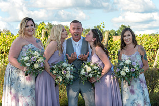 Cincinnati best most affordable wedding photographer Tammy Bryan highlight picture from Brooke & Duston wedding – 22