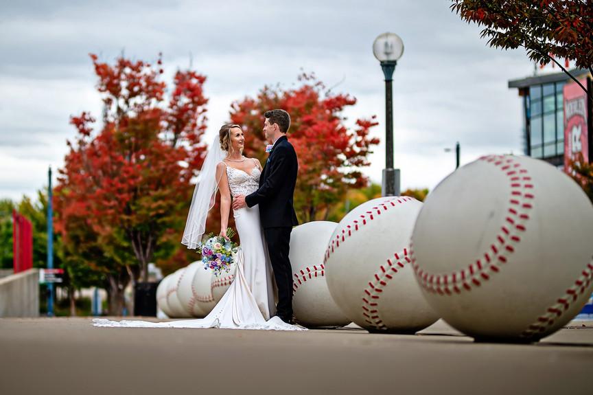 Cincinnati best affordable wedding photo