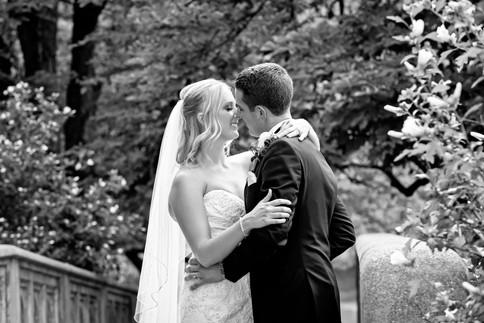 Cincinnati best most affordable wedding photographer Tammy Bryan highlight picture from Catherine & Josh wedding - 14