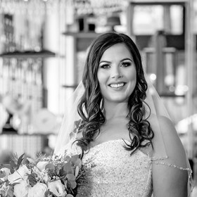 Cincinnati best most affordable wedding photographer Tammy Bryan highlight picture from Brooke & Duston wedding – 11