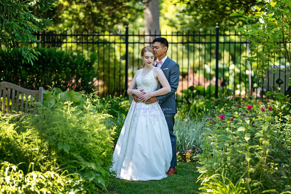 Cincinnati and Northern Kentucky best affordable wedding photographer Tammy Bryan – Sample wedding picture 01