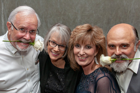 Cincinnati best most affordable wedding photographer Tammy Bryan photo booth portfolio picture – 11