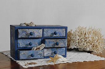 cassettiera marmorizzata