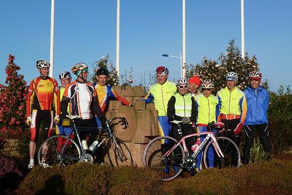 10 Radfahrern aus Loudéac sind am 4. Mai um 8 Uhr in Richtung Büdingen gestartet