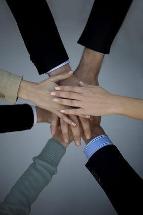 .יייעוץ בעסקים  וליווי עסקי לעסקים קטנים ובינונים-מייסדי החברה