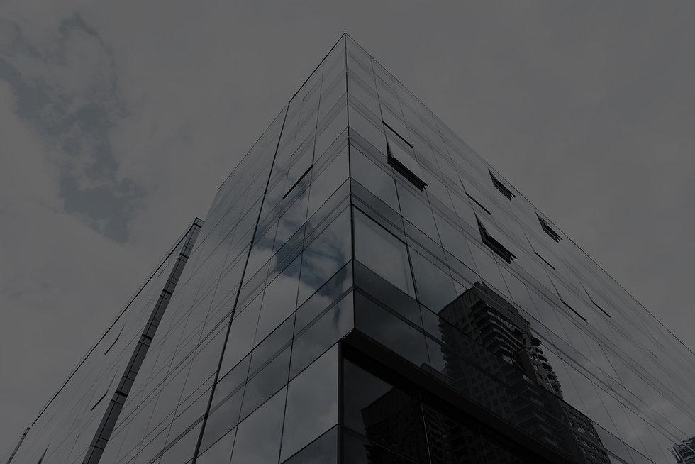 low-angle-view-glass-designed-building_e