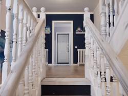 Красим лестницу