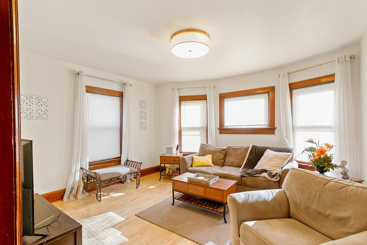 Maple Living Room