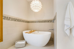 Rolling Heights Tub