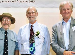 """Giải Nobel Y sinh học 2017: một nhắc nhở về """"duyên khởi"""""""