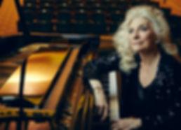 Judy Collins at piano.jpg