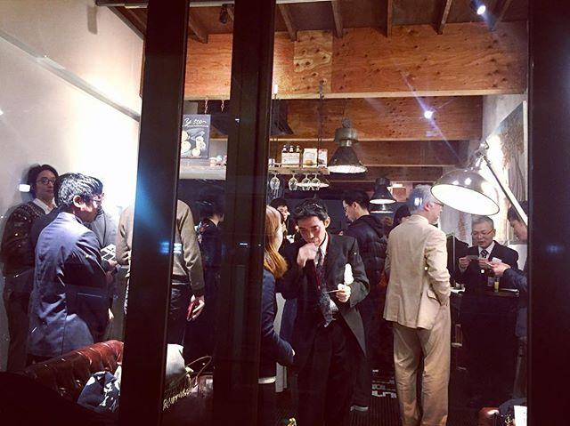 本日は当店始まって以来の大盛況でした!_SPLENDOR異業種交流会今後も開催いたしますー!__www.splendor-coffee