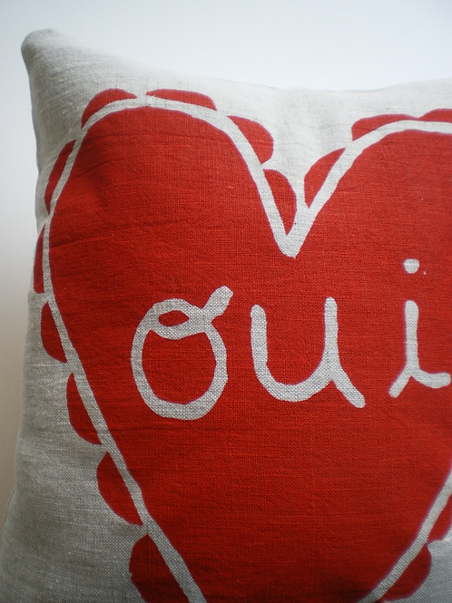 Oui  Pillow with pocket
