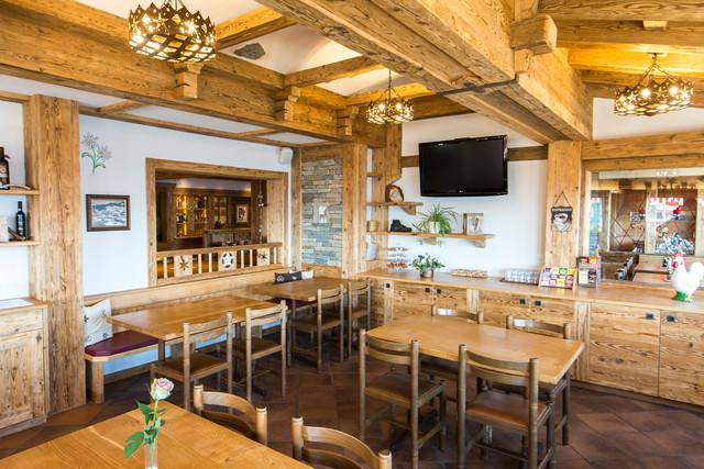 Hotel_Eggishorn_Restaurant1.jpg