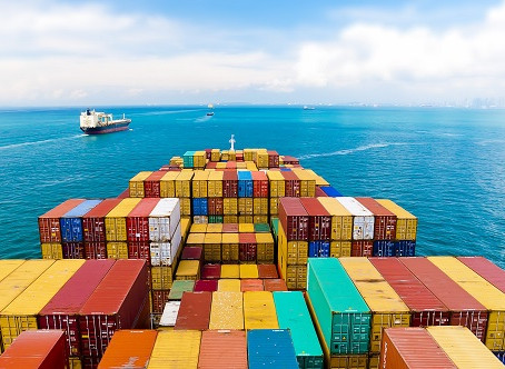 Picking the Right Freight Forwarder