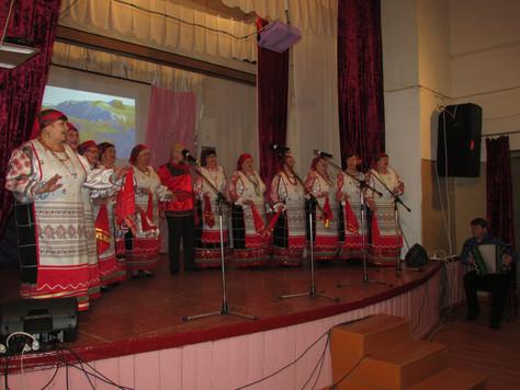 В Белогорьевском СДК прошел отчетный концерт «Старые песни о главном»