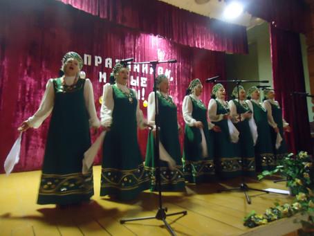 В Скорорыбском сельском поселении женщин поздравили с Днем матери