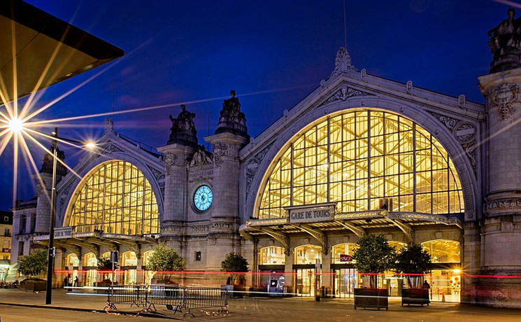 Gare_de_Tours-MRS_3877.jpg