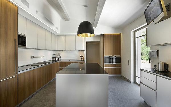 Minimalist-Home-Interior-16.jpg