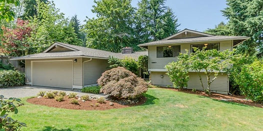 Tri-Level Bellevue home sold by SASH Realty