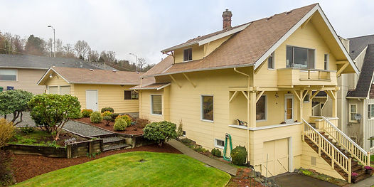 1910 classic build overlooking the Cascades sold by SASH Realty