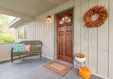 Home in Briarwood neighborhood Washington sold by SASH Realty