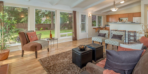 Rambler home in desirable North Hill of Des Moines soldby SASH Realty