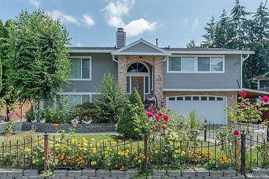 home, located near Meadow Park Golf Course, WA sold by SASH Realty