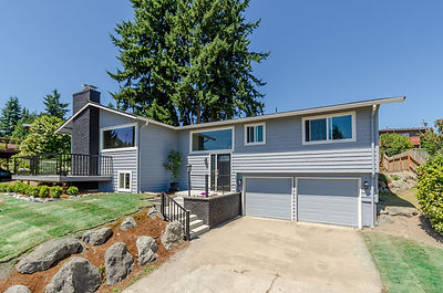 desirable Lochmoor neighborhood of Bellevue home sold by SASH Realty