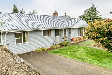 Home in desirable neighborhood of Manette in Bremerton, WA sold by SASH Realty