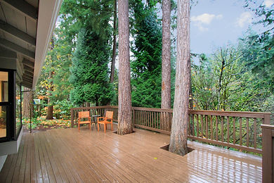 Woodinville, WA renovated home sold by SASH Realty