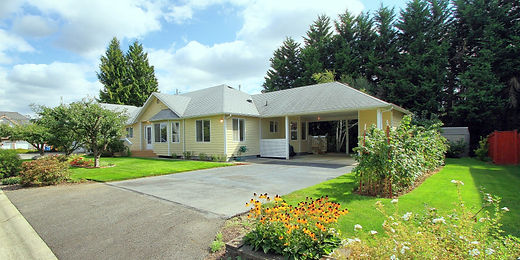 Kent, WA rambler home sold by SASH Realty