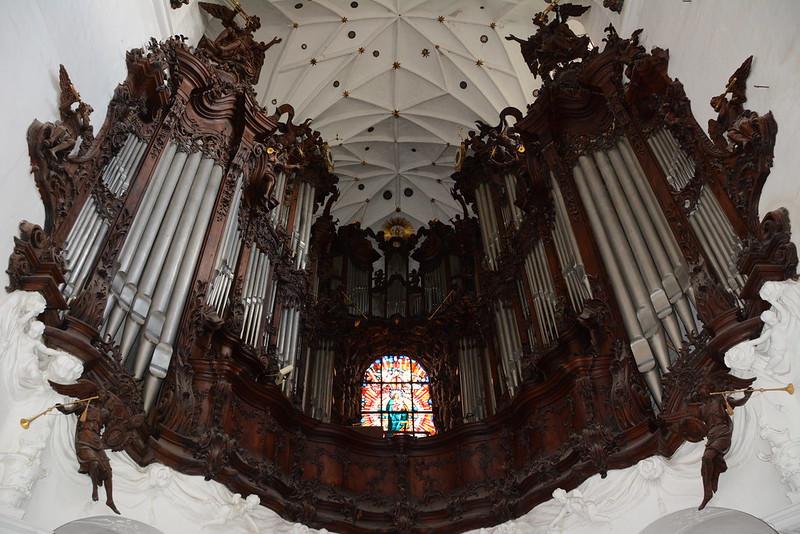 Die große Orgeln in der Kathedrale in Danzig Oliva