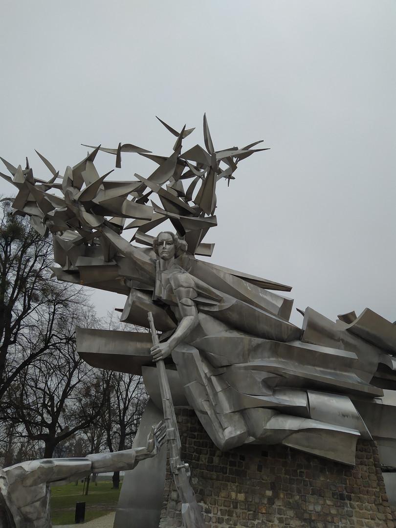Nike - Denkmal vor dem historischen, Polnischen Postamt in Danzig