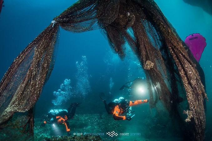 Healthy Seas divers.jpg
