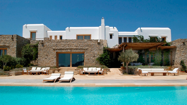 Seafront residence in Mykonos, 2001
