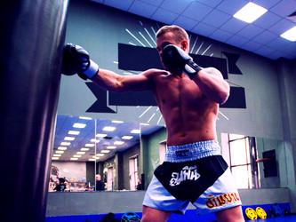 Тренировка по тайскому боксу: учимся правильно дышать!