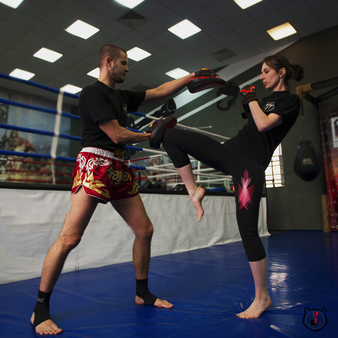 Тайский бокс в Москве для девушек