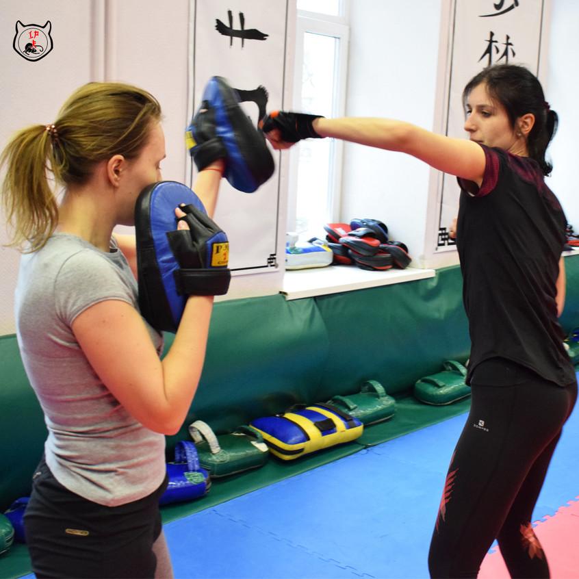 Боевая подготовка для женщин
