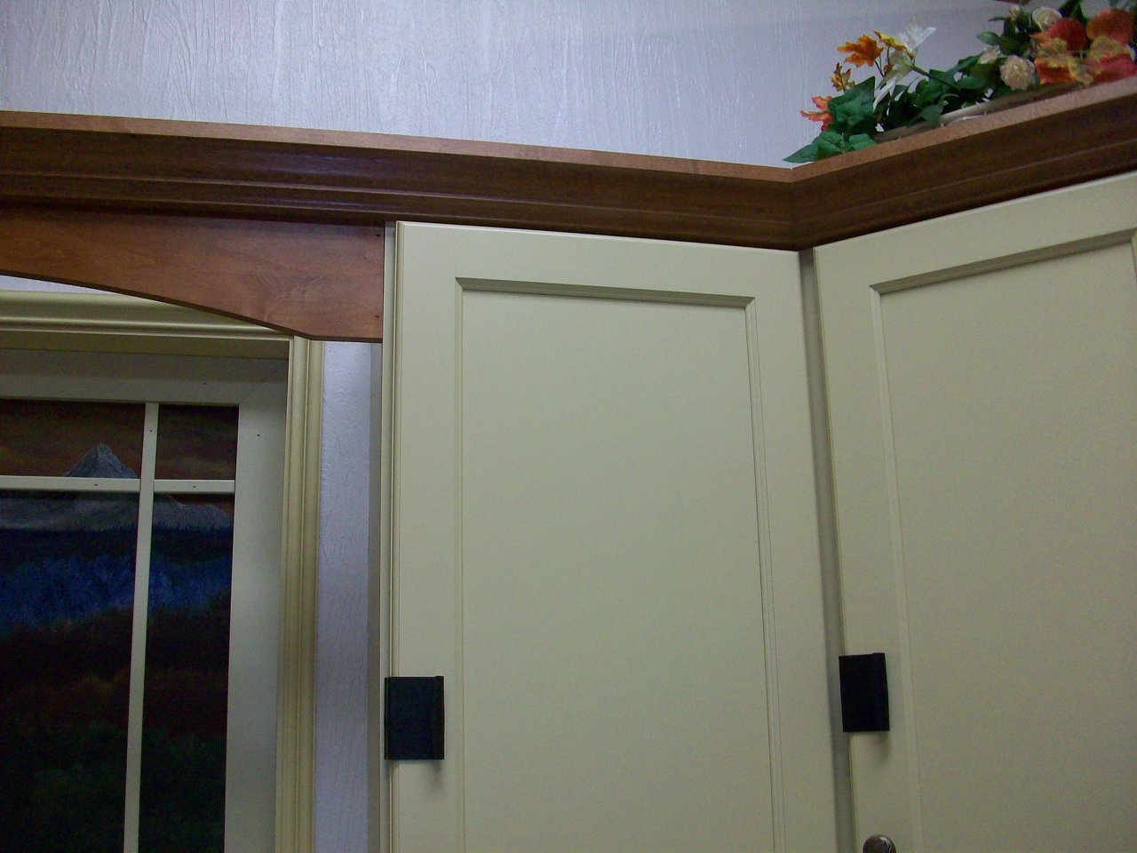 Black Cupboard Hugger Installed