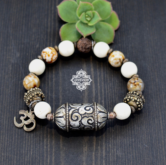 Magnesite & Fire Crackle Amber