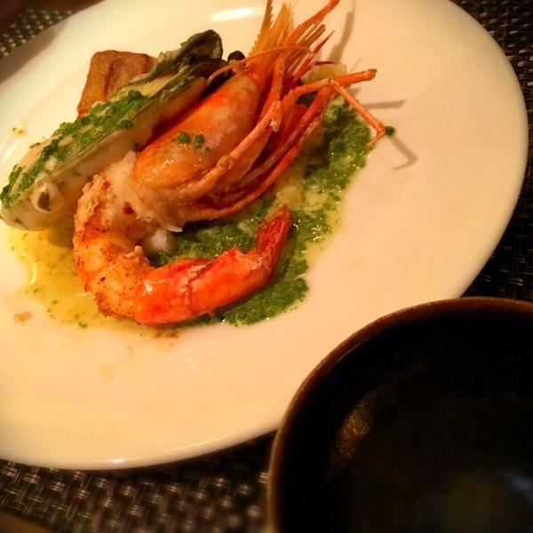日高産時鮭&牡丹えびのポワレ 〜牡蠣とほうれん草のクリームソース〜