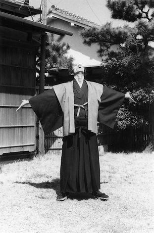 江上先生(表紙候補3).jpg