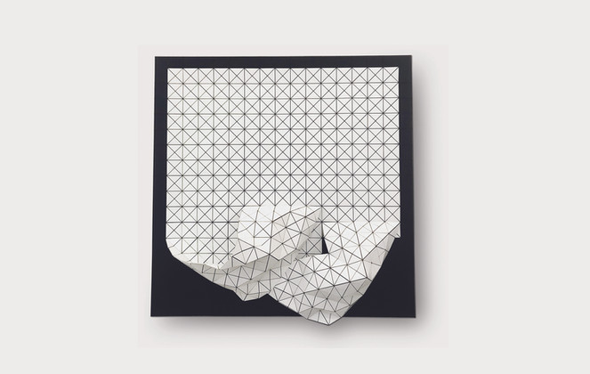 Curls in White/Black Acrylic Laminate, Polyethylene Fiber, Elastic Threads, Canvas   36 x 36 in