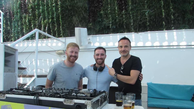 Ibiza Rocks Bar with Mikx and Khaki