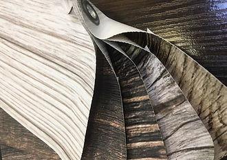 Фактарный потолок под дерево, камень