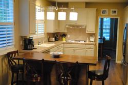 Island into kitchen