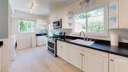 15 - 8012-Kitchen