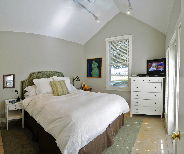 24 7 bedroom