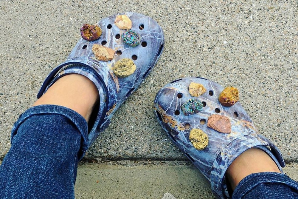 crocs became a fashion symbol